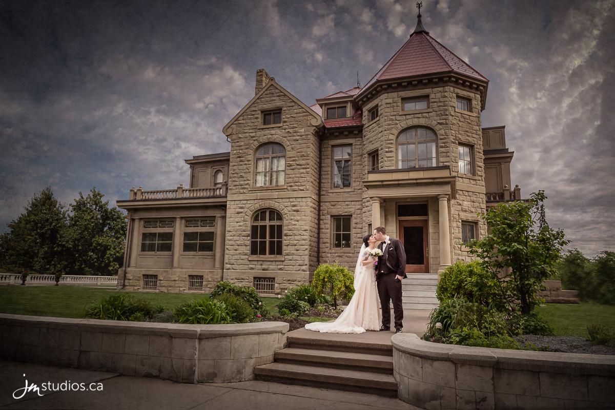 170526_7422-Calgary-Wedding-Photographers-Lougheed-House-JM_Photography