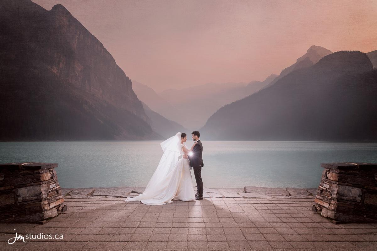 170718_001-Engagment-Photographers-Lake-Louise-JM_Photography