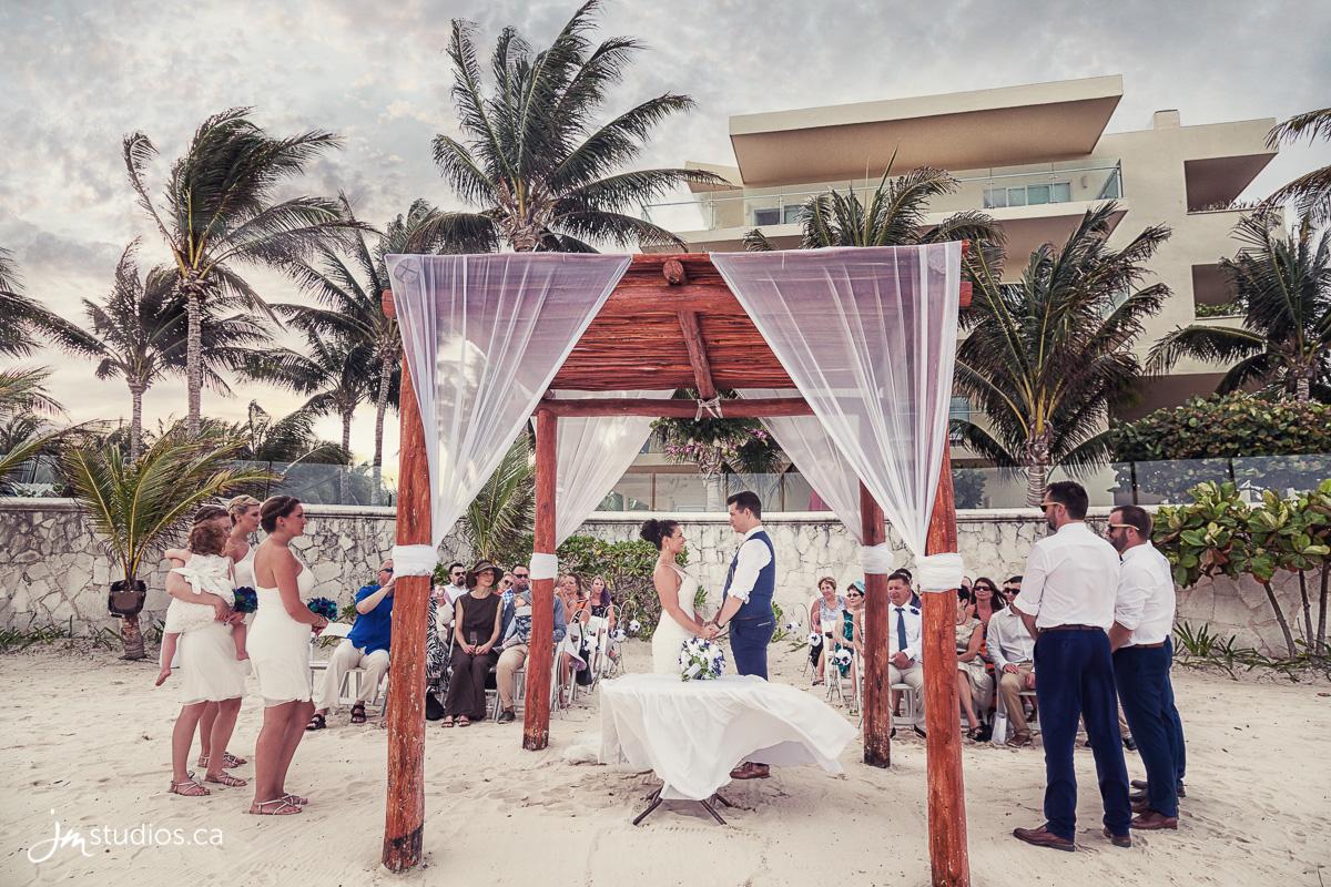 Destination Wedding Review.170404 60437 Destination Wedding Photographer Review Mexico