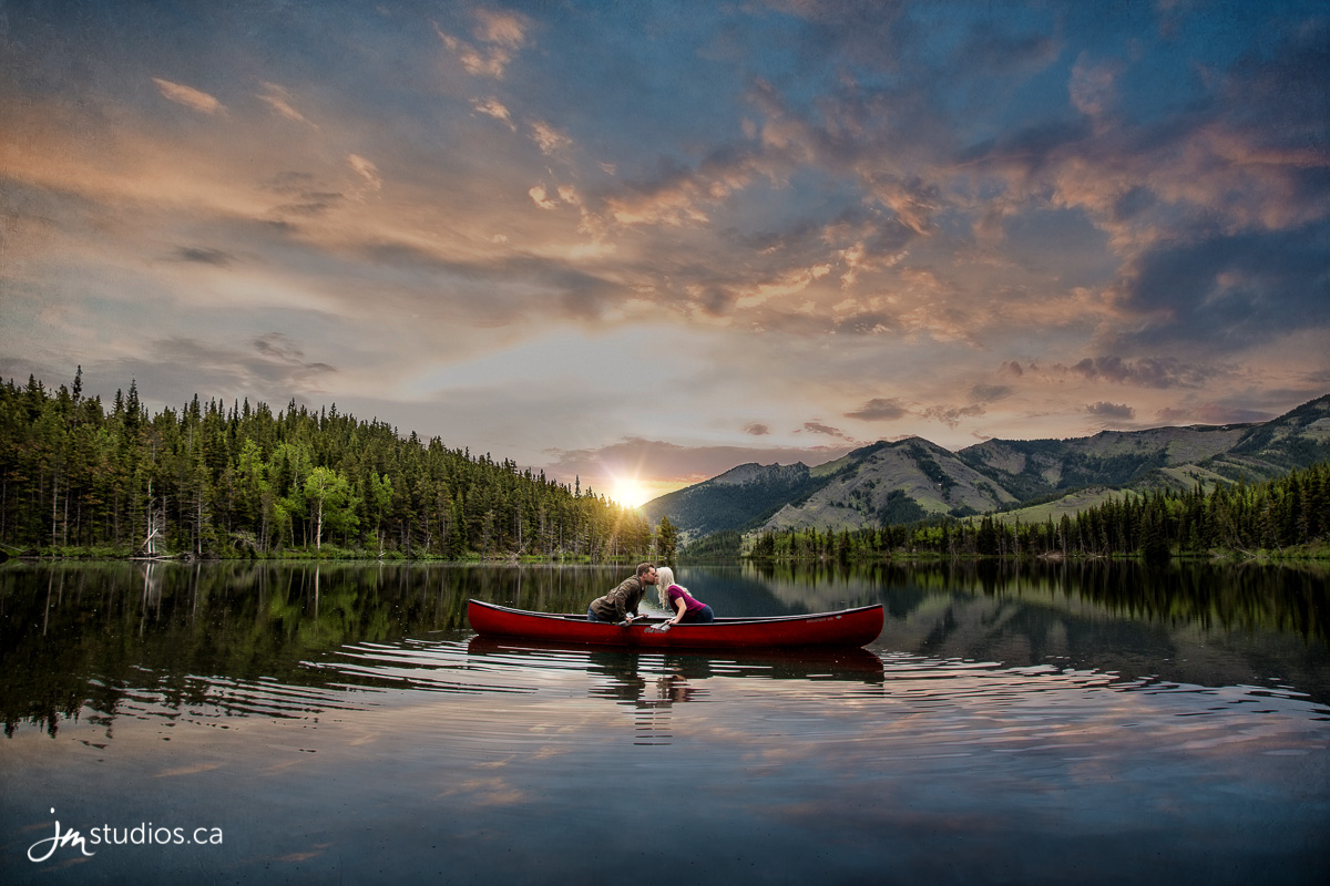 180618_009-Mountain-Engagment-Photos-Bear-Pond-Alberta-JM_Photography