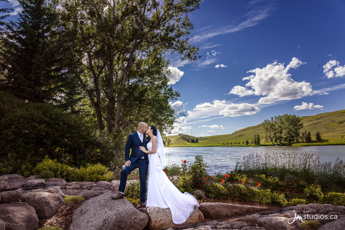 180707_6397-Calgary-Wedding-Photographers-Crossfield-JM_Photography
