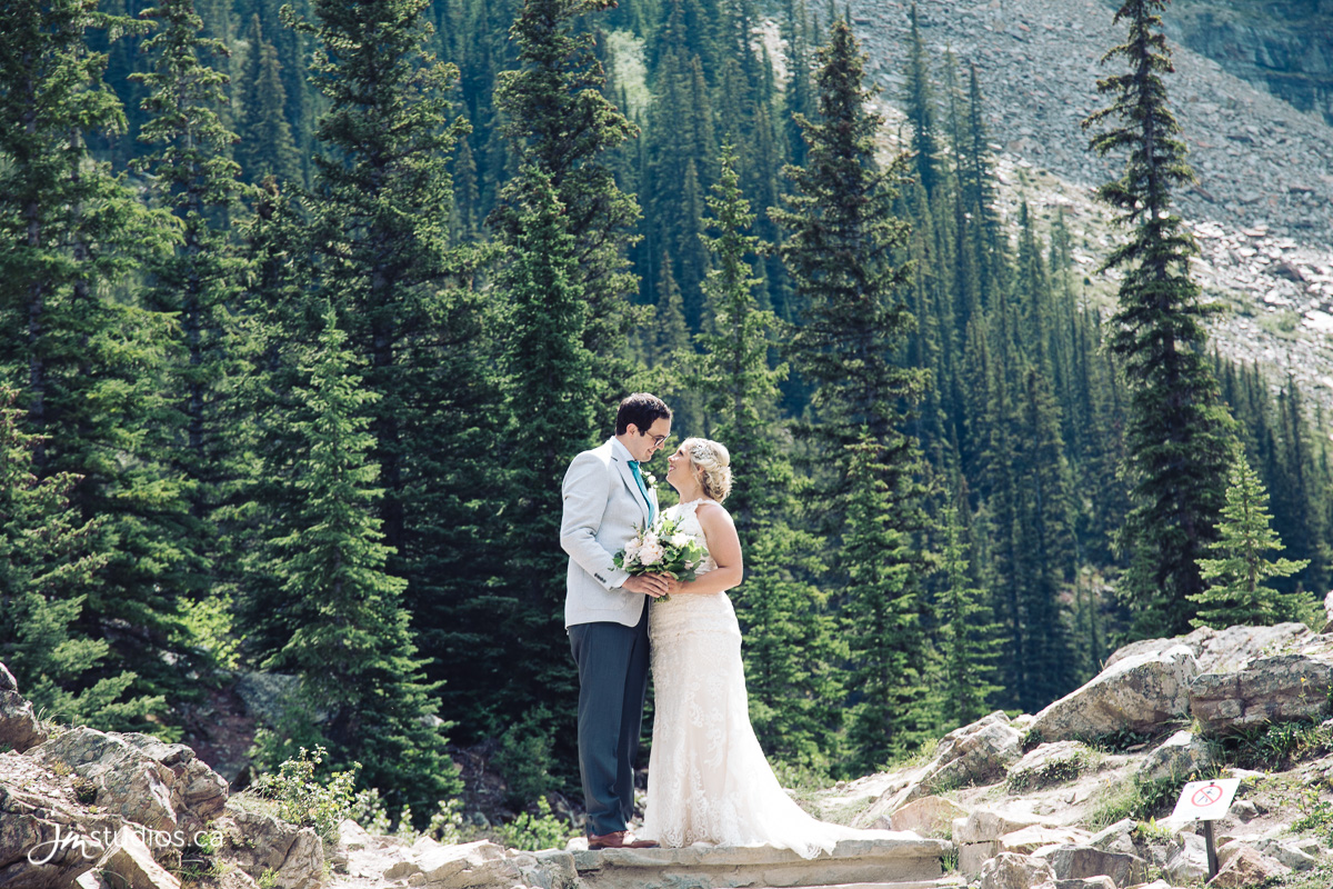 180725_5048-Rocky-Mountain-Wedding-Photographers-Moraine-Lake-JM_Photography