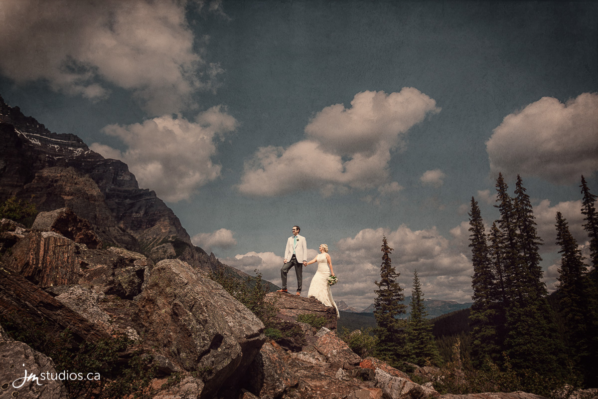 180725_5201-Rocky-Mountain-Wedding-Photographers-Moraine-Lake-JM_Photography
