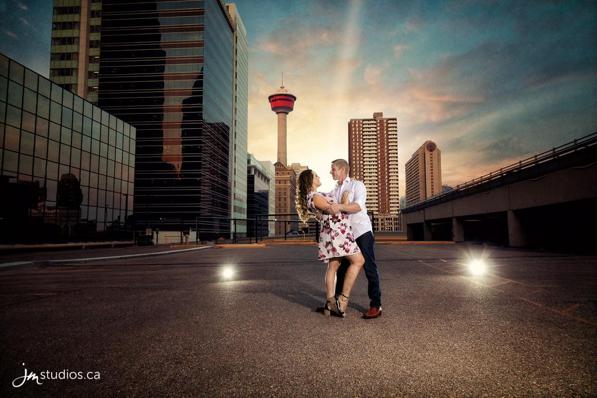 180807_001-Calgary-Engagment-Photographers-Stephen-Ave-JM_Photography