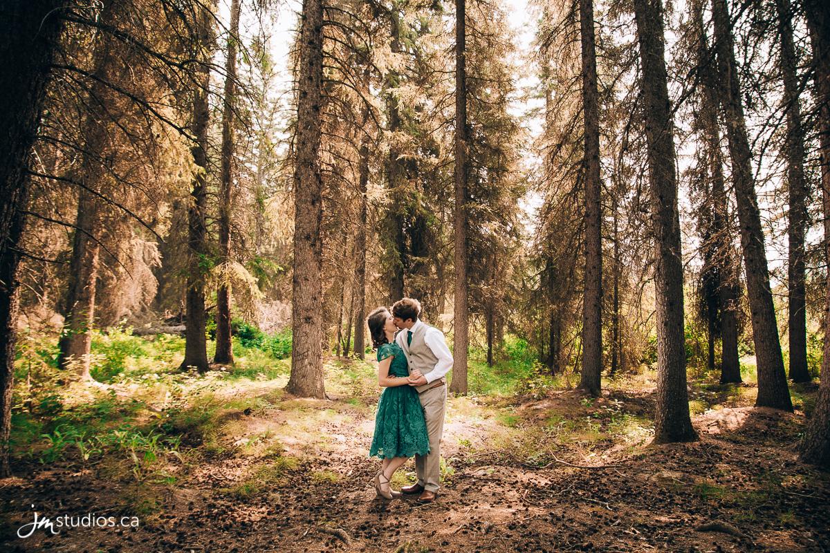 180810_0001-Rocky-Mountain-Wedding-Photographers-Vermilion-Lakes-JM_Photography