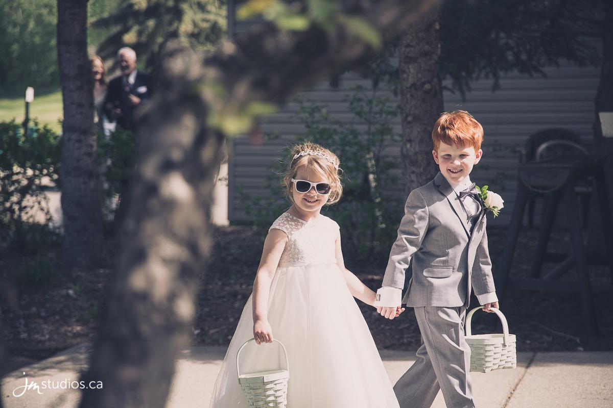 180602_2299-Calgary-Wedding-Photographers-Valley-Ridge-Golf-Club-JM_Photography