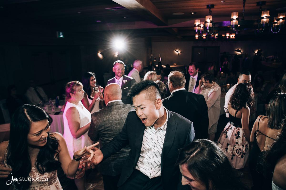 180728_8405-Banff-Wedding-Photographers-Moose-Hotel-and-Suites-JM_Photography