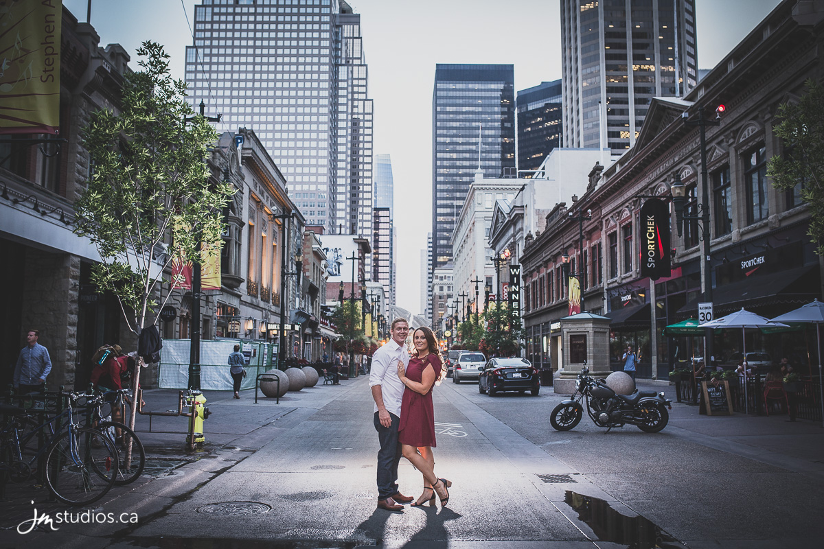 180807_414-Calgary-Engagment-Photographers-Stephen-Ave-JM_Photography