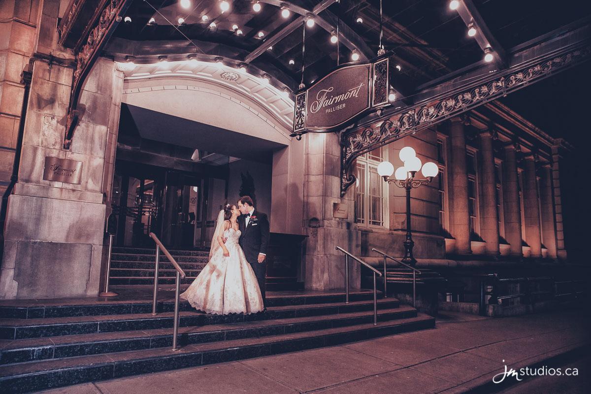 160327_5821-calgary-wedding-photographers-fairmont-palliser-hotel-jm_photography